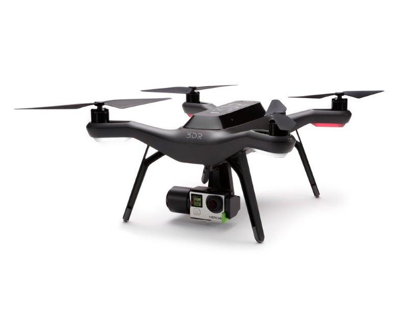 3D Robotics Solo kuvauskopteri ja GoPro