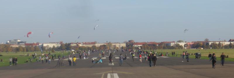 tempelhof-lentokentta-puisto