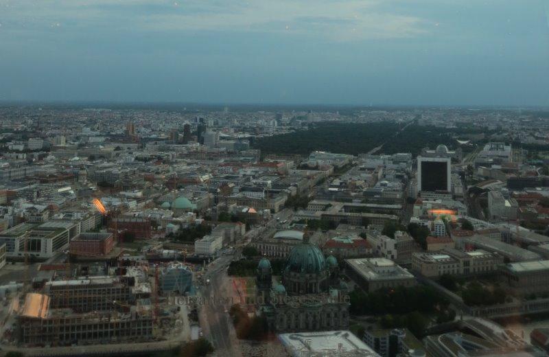 Näkymä Berliinin tv-tornin ravintolasta