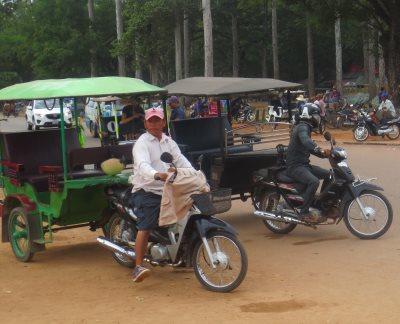 Tuktuk-mopotaksi Kambodzassa