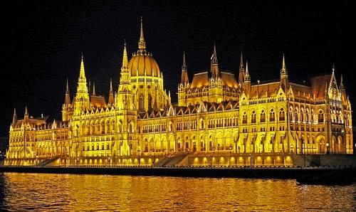 Budapest parlamenttitalo